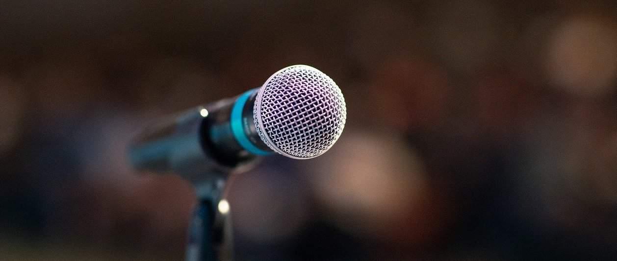 public speaking microphone