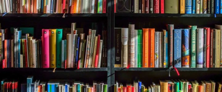 12 Marketing Books Coaches Should Read (If they want to succeed)